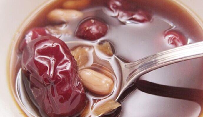 千萬不要勉強肝髒做這四件事 多吃這些藥膳能養肝